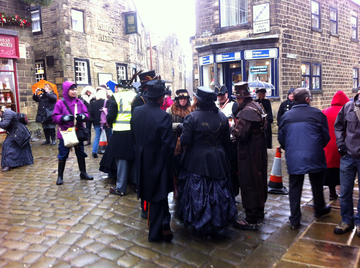 Howarth Steampunk - Steampunk Haworth