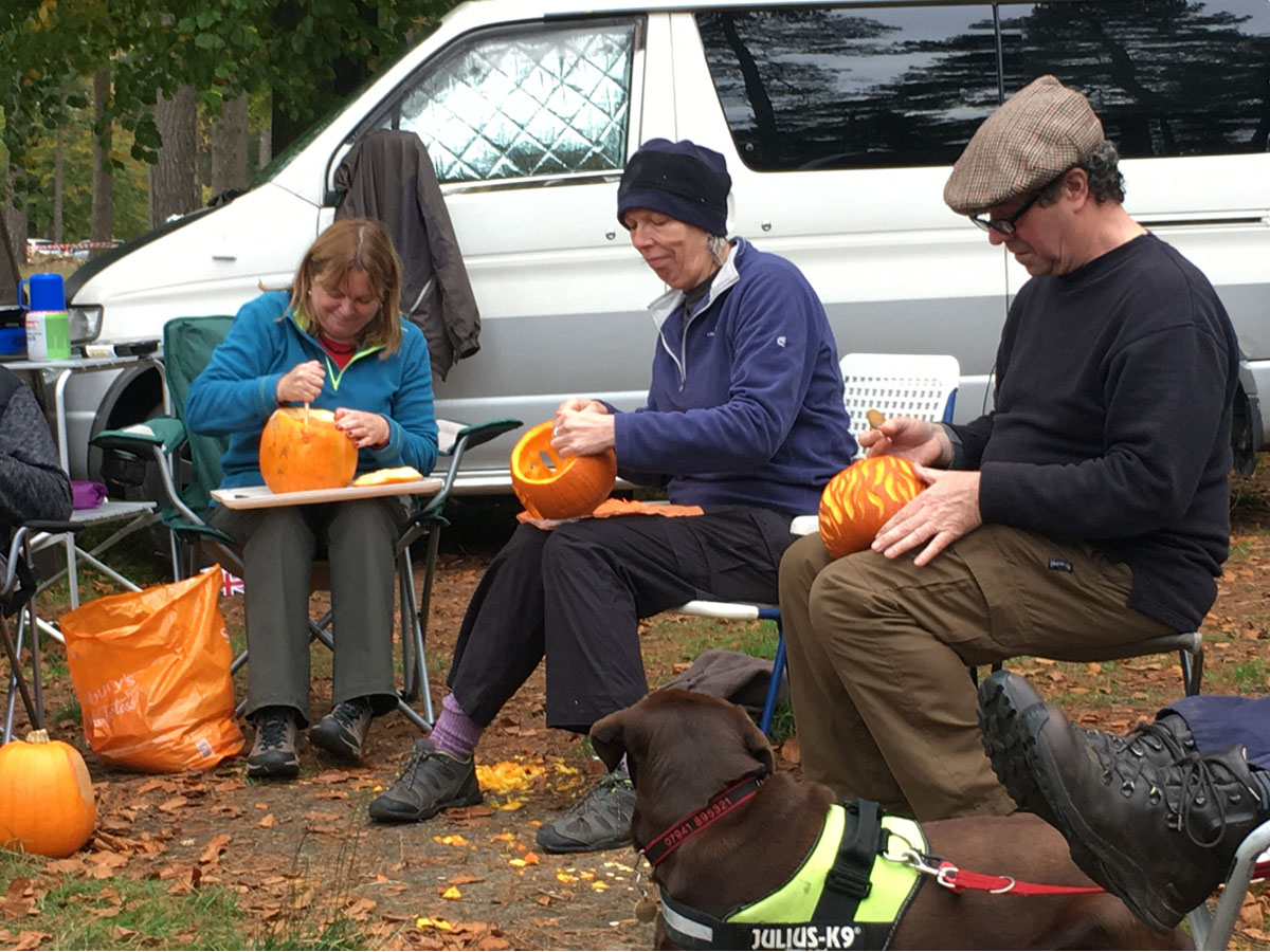 Pumpkin Carving - bongobuddy.co.uk