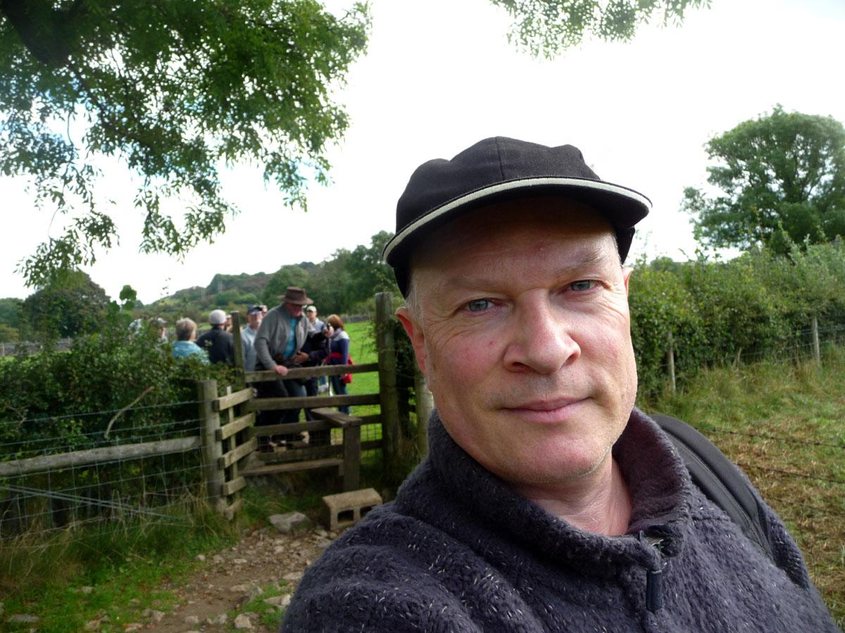Rich with others - bongobuddy.co.uk